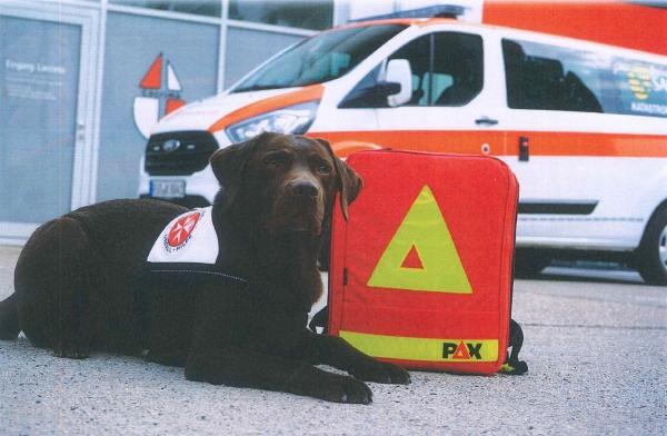 Wir unterstützen die JOHANNITER bei der Beschaffung eines Einsatzfahrzeuges für die Hundestaffel